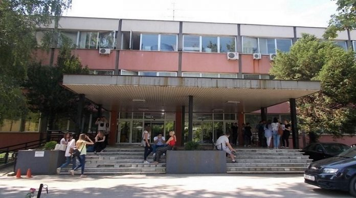 Tuzlanski studenti medicine traže uspostavljanje praktične nastave